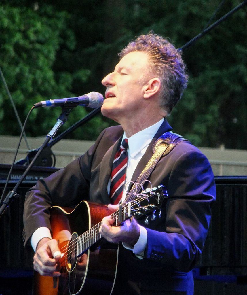 Lyle Lovett will take your mind off the culture wars.